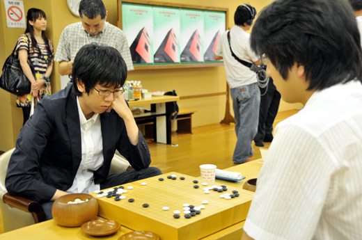 Kang Dongyun defeated Park Yeonghun in Fujitsu 2009 semifinal