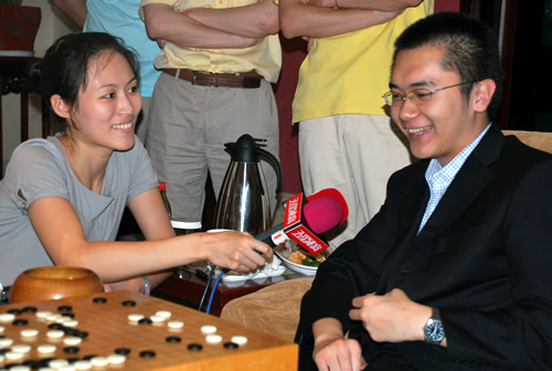 Chen Yaoye wins China-Korea Tengen 2009